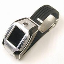 Часы-мобильник с сенсорным дисплеем