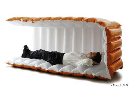 Мобильная кровать для офиса