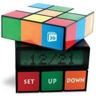 Будильник в виде кубика Рубика