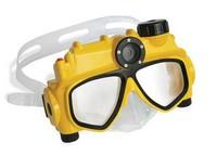 Плавательная маска со встроенной камерой