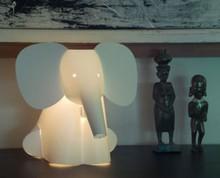Лампа в виде слона