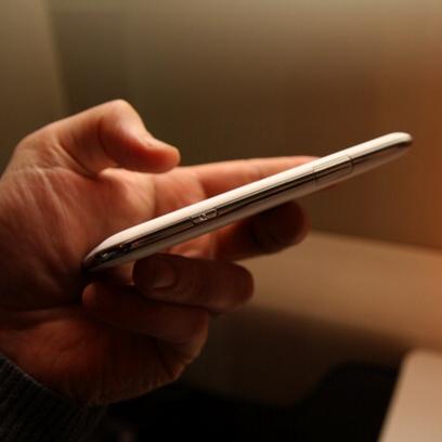 Toshiba представила TG01 – чемпион среди смартфонов