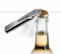 USB-флешка, открывающая бутылки