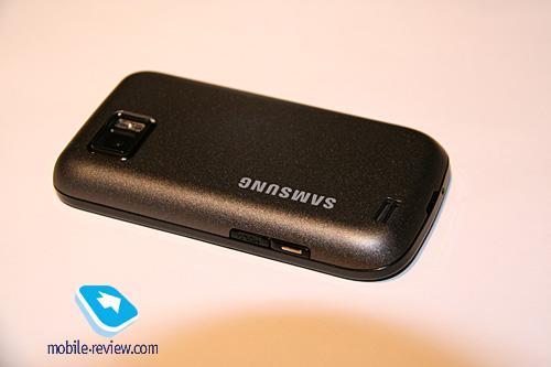 Сенсорный Samsung S5600 против LG Cookie