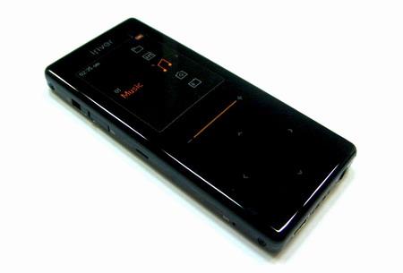 iRiver начал продажу плеера T6 Neon