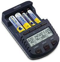 Многофункциональный зарядник для батареек