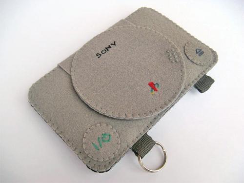 Защити свой iPhone, придав ему ностальгический дизайн Playstation