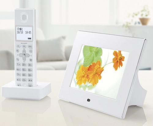 Телефон-фоторамка от Sharp