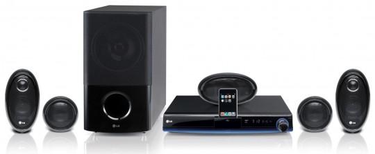 Домашний кинотеатр с Blu-ray приводом и доком для iPod
