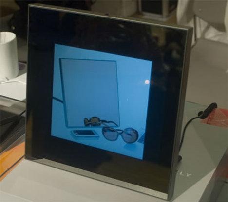 Первая цифровая фоторамка под управлением Android