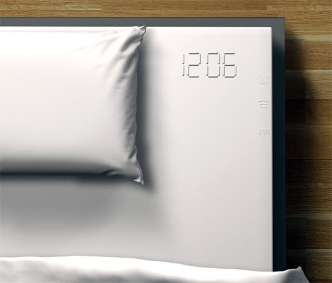 Концепт интегрированного в кровать будильника