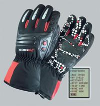 Спортивные перчатки с GPS