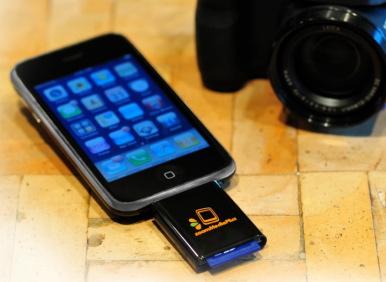 SD-ридер для iPhone от ZoomMediaPlus
