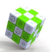 Зарядное устройство в виде кубика Рубика