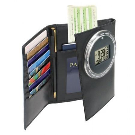 Оригинальный бумажник в помощь путешественникам