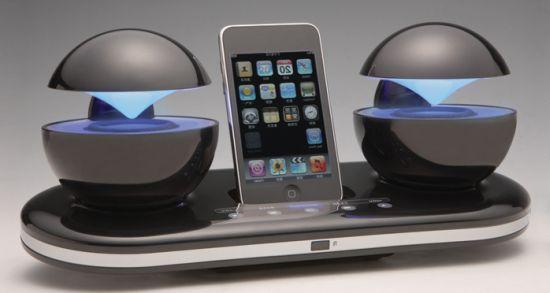 Футуристическая стереосистема iCrystal для смартфонов iPhone