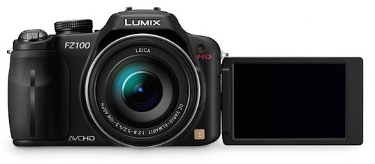 Panasonic официально представляет фотоаппараты Lumix FZ100, FZ40, FX700, LX5 и TS10