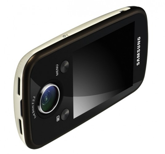 Камкордер Samsung HMX-E10 поддерживает 1080p HD
