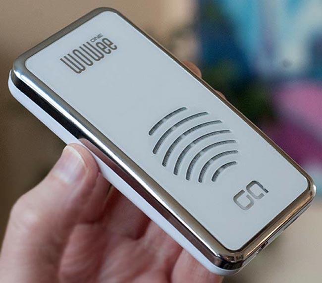 Карманный динамик Wowee Pocket Speaker – неплохое дополнение для смартфона