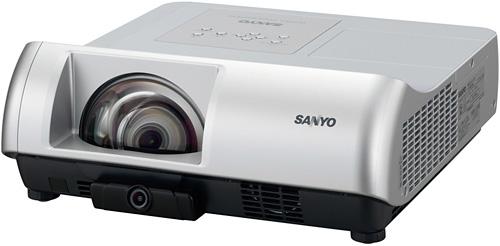 Sanyo представляет интерактивный проектор с малым проекционным расстоянием