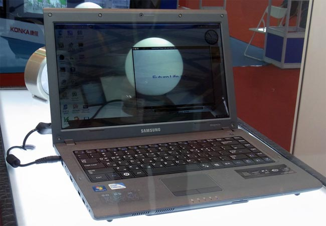 Ноутбук с прозрачным LCD-дисплеем от Samsung