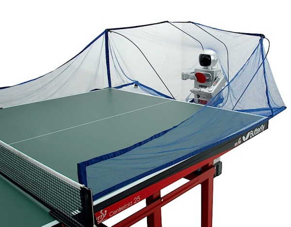 Робот для настольного тенниса