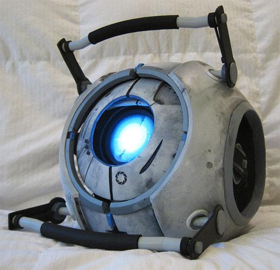 Самодельная модель Уитли из Portal 2