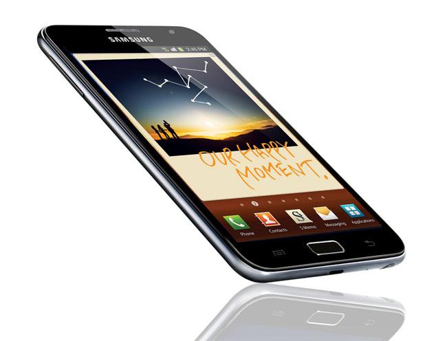 Samsung Galaxy Note – промежуточное звено между смартфоном и «таблеткой»