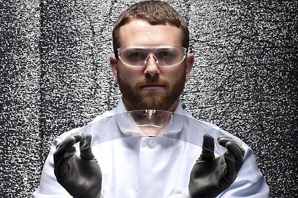 Lotus Glass - еще более прочный материал для дисплеев