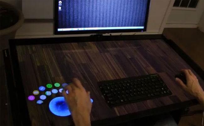 Интерактивная столешница EXOPC EXOdesk выведет сенсорные технологии на новый уровень