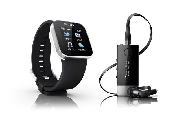 Sony представила умные часы SmartWatch и аксессуар Wireless Headset Pro