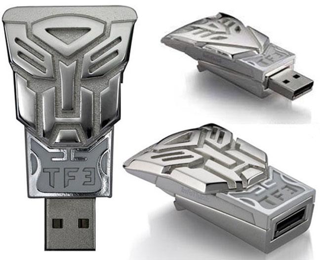 Флешки Transformers TF3 – приятная мелочь для любителей трансформеров
