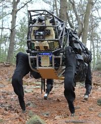 Начались испытания грузового робота AlphaDog