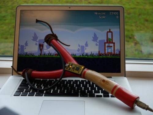 Настоящая рогатка для игры в Angry Birds