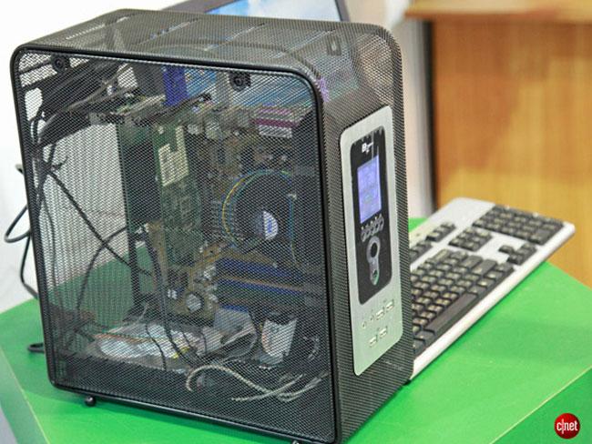Продуваемый компьютерный корпус Green Mesh