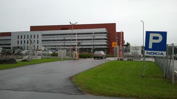 Nokia закрывают последний завод в Финляндии