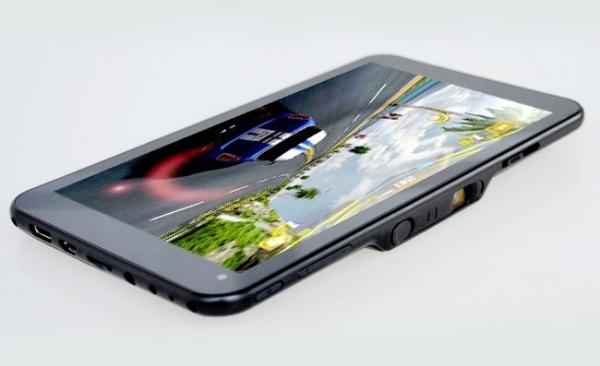 SmartQ U7 – китайский планшетник с проектором