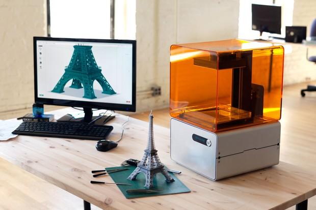 FORM 1 – трехмерная печать с более высоким разрешением