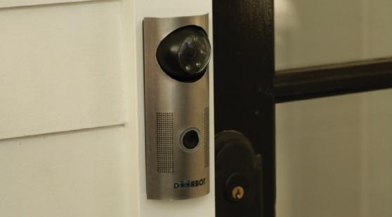 «Умный» звонок DoorBot вместо громоздких систем безопасности