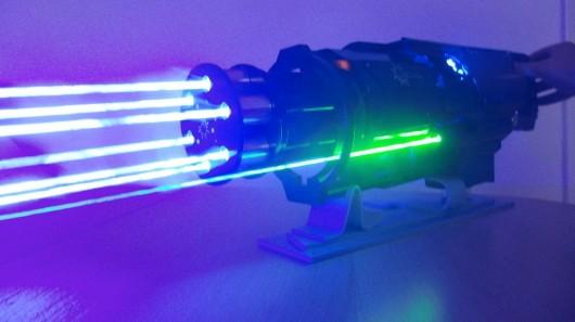 lasergatlinggun