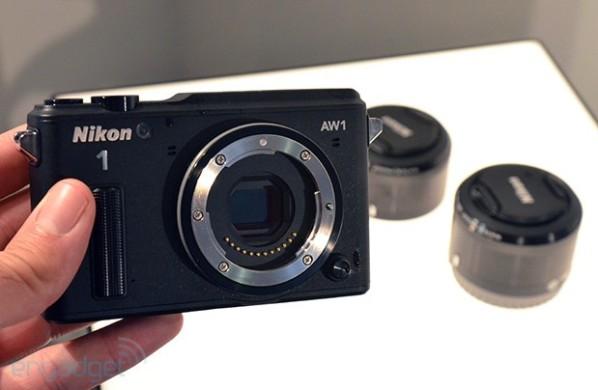 Nikon AW1 – первый в мире фотоаппарат для подводной съемки со сменными объективами