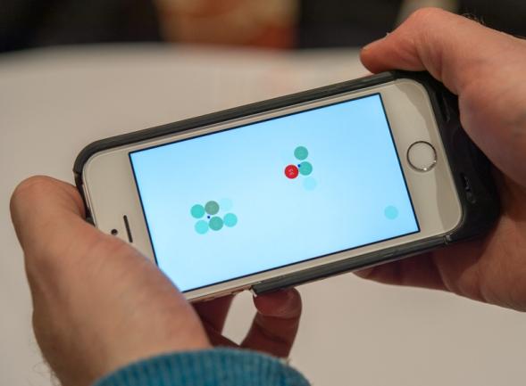 Чехол Sensus для iPhone 5/5S добавит сенсорные панели со всех сторон