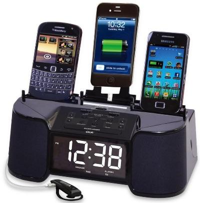 Док-станция с радио и часами для зарядки 4 гаджетов одновременно