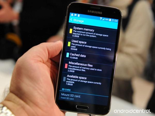 Стали известны новые технические характеристики Samsung Galaxy S5