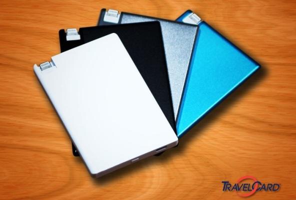 TravelCard – внешний аккумулятор, который может легко поместиться в бумажнике
