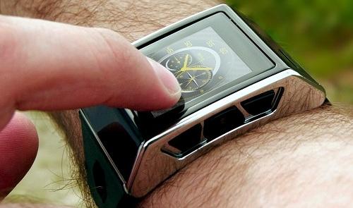 Смартфон Exetech XS-3 в виде «умных» часов