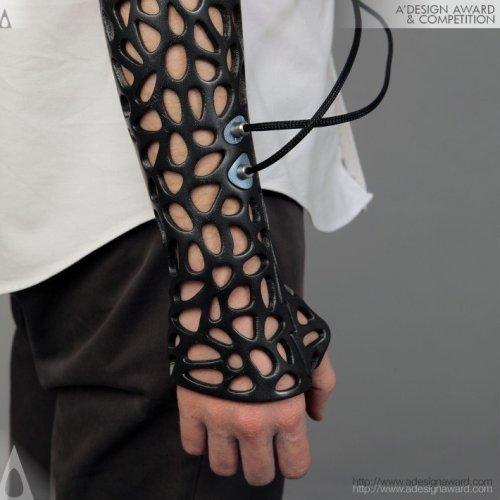 Медицинская шина, созданная на 3D-принтере, сращивает кости с помощью ультразвука
