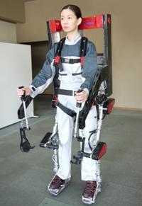 Panasonic AWN-02 – экзоскелет для грузчиков