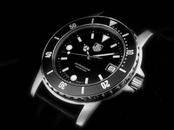 Смарт-часы Tag Heuer могут показать на CES 2015
