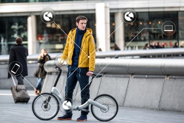 Складной электрический велосипед с подключением к множеству гаджетов